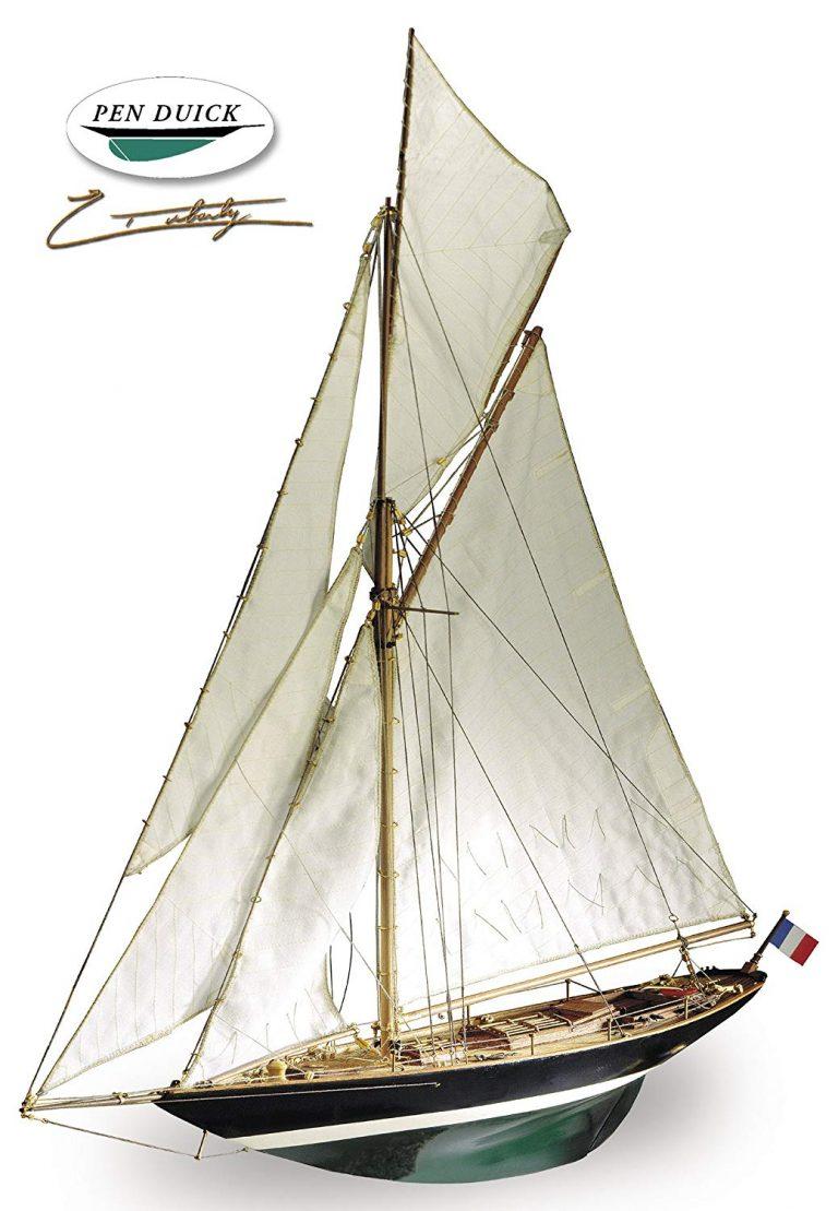 Pen Duick, maqueta de barco de madera