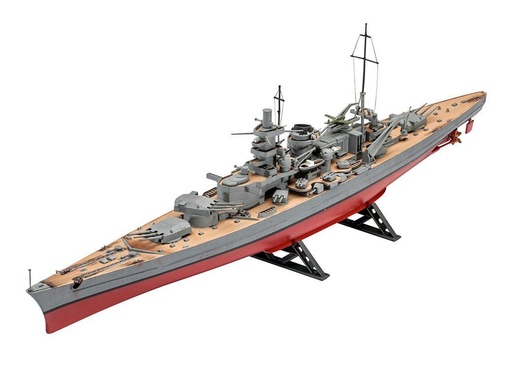 Maqueta de modelismo naval de guerra