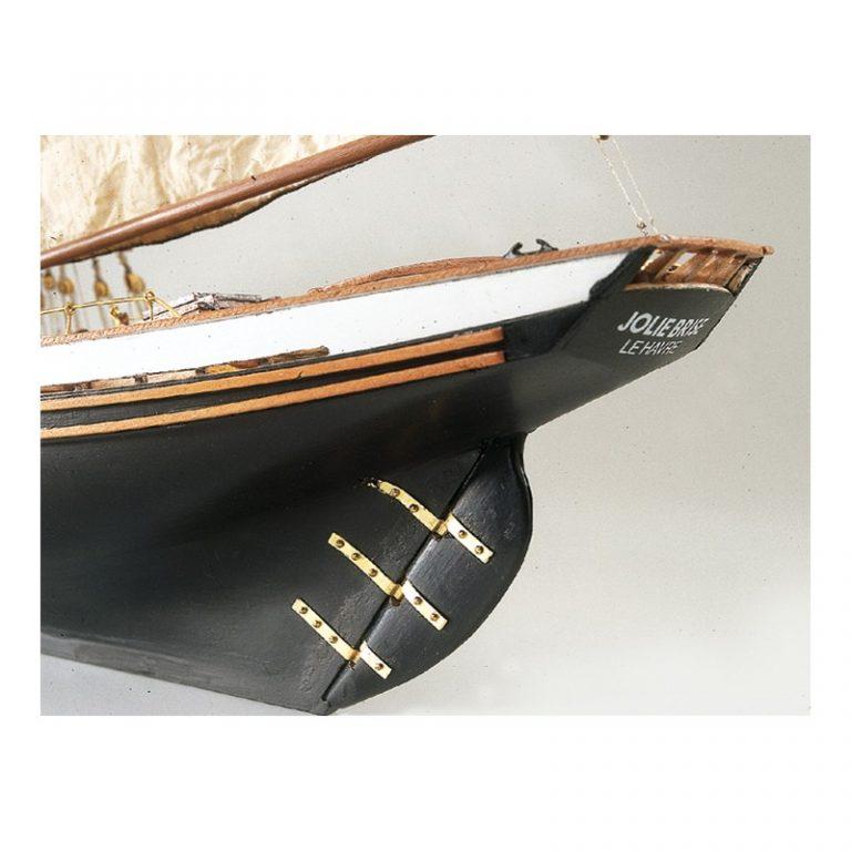 Maqueta del barco de madera Jolie Brise